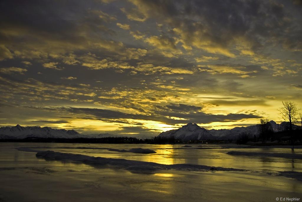 Sunrise at Wasilla Lake 02.21.10.01.1024