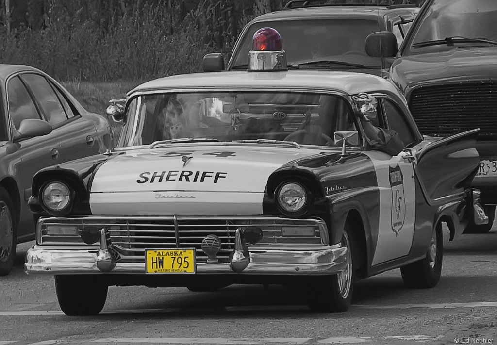 Sheriff Car BW 051510.01.1024