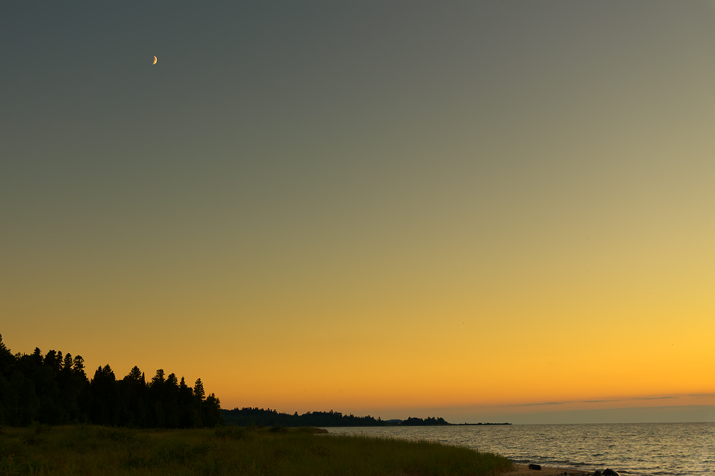 Sturgeon Bay Sunset with Moon